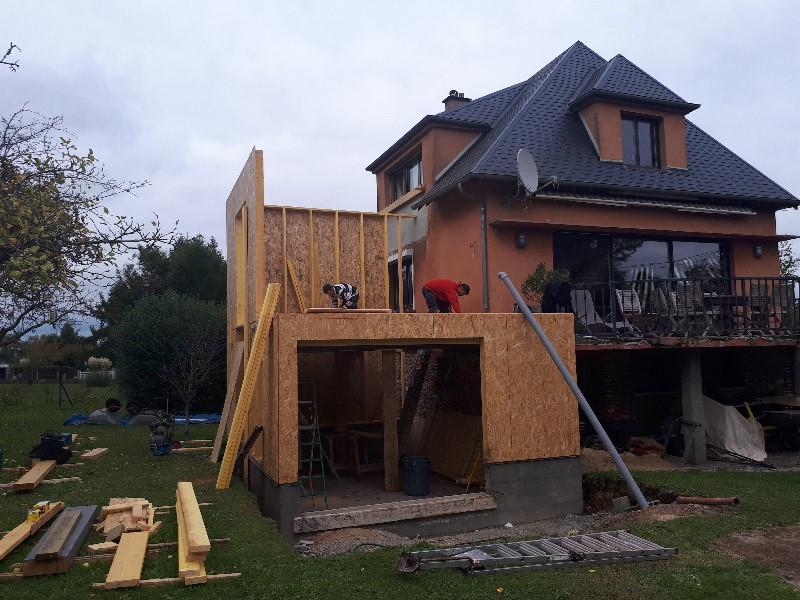 Extension ossature bois terrasse et am nagements for Extension bois 2 niveaux